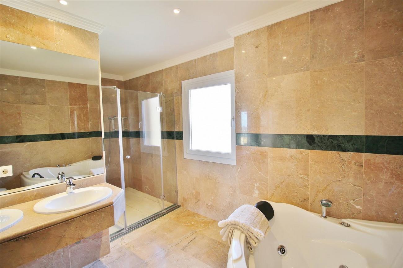Beautiful 2 Beds Penthouse Duplex for rent Nueva Andalucia Marbella Spain (31) (Large)