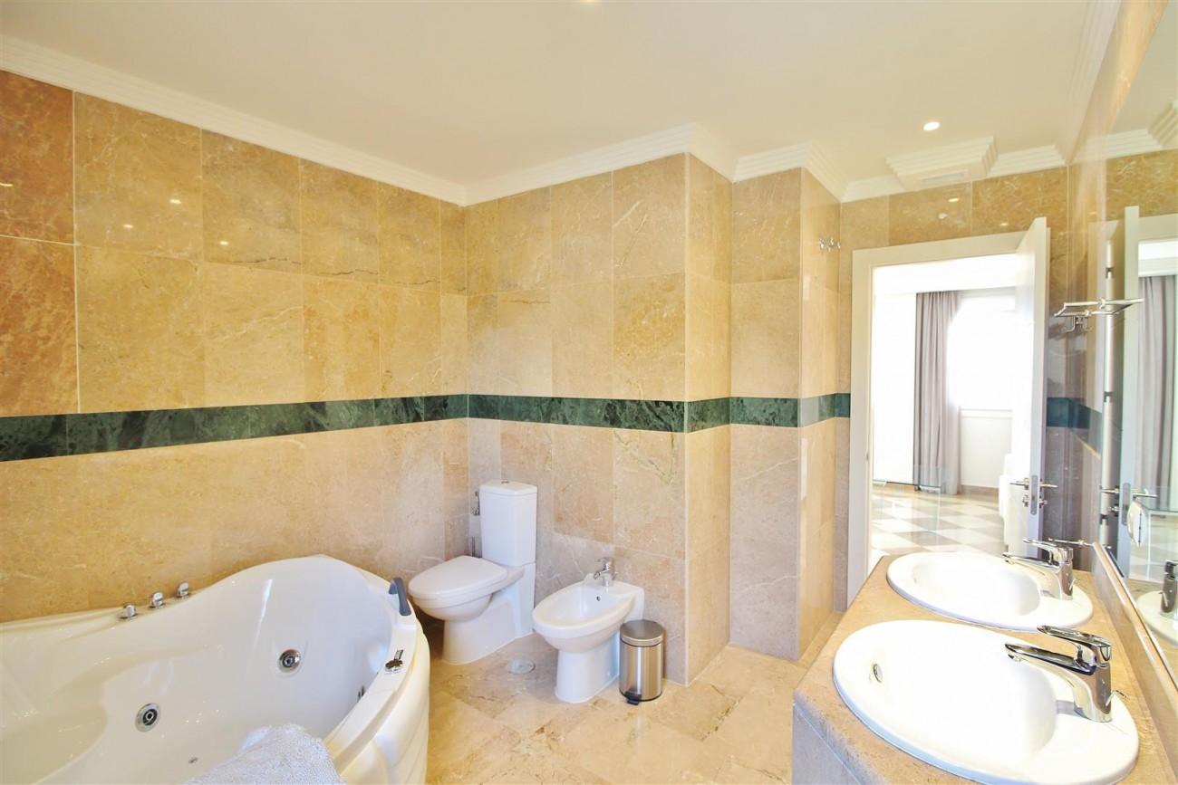 Beautiful 2 Beds Penthouse Duplex for rent Nueva Andalucia Marbella Spain (34) (Large)