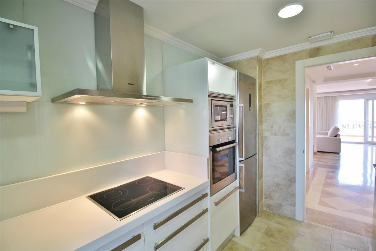 Beautiful 2 Beds Penthouse Duplex for rent Nueva Andalucia Marbella Spain (38) (Large)