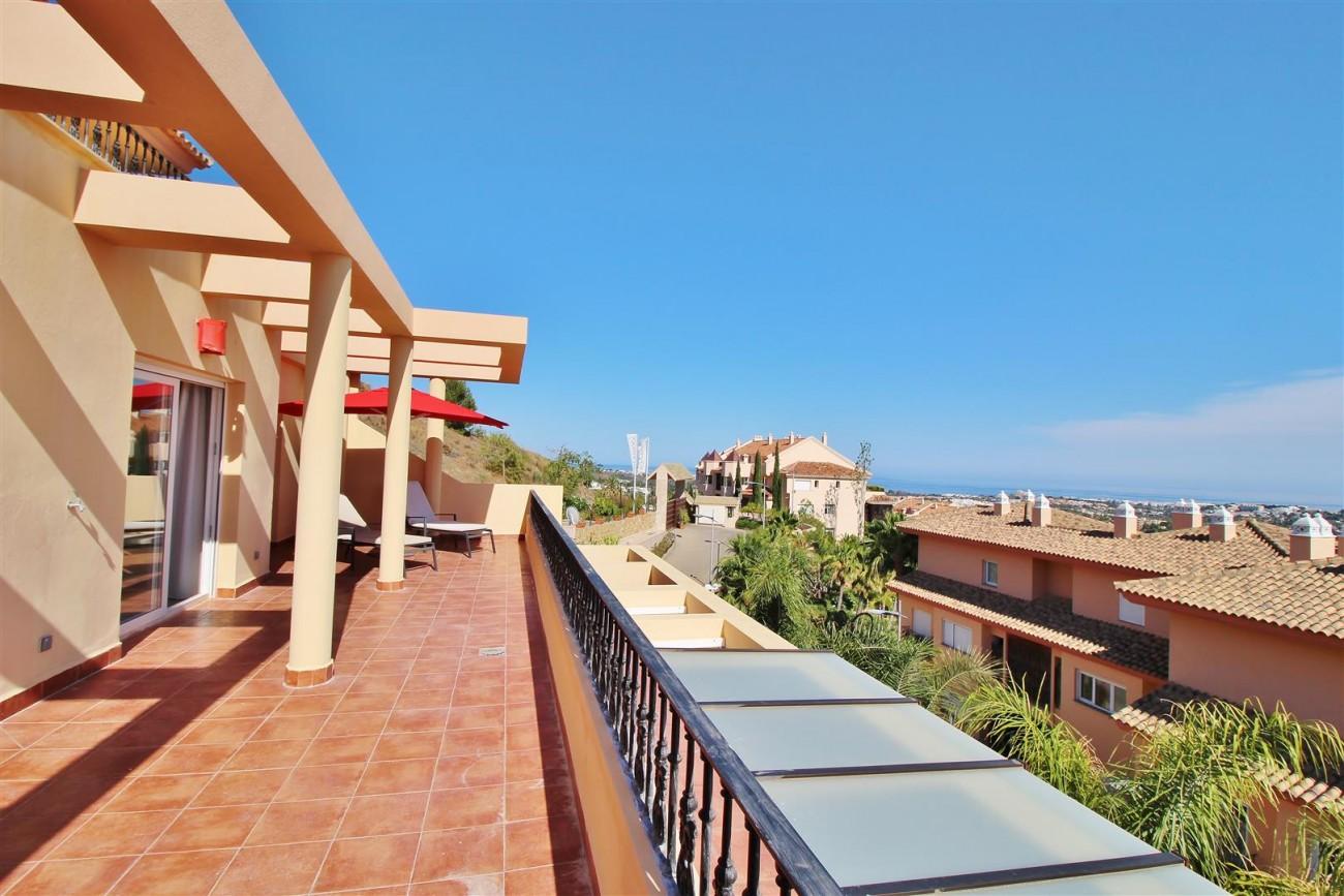 Beautiful 2 Beds Penthouse Duplex for rent Nueva Andalucia Marbella Spain (40) (Large)
