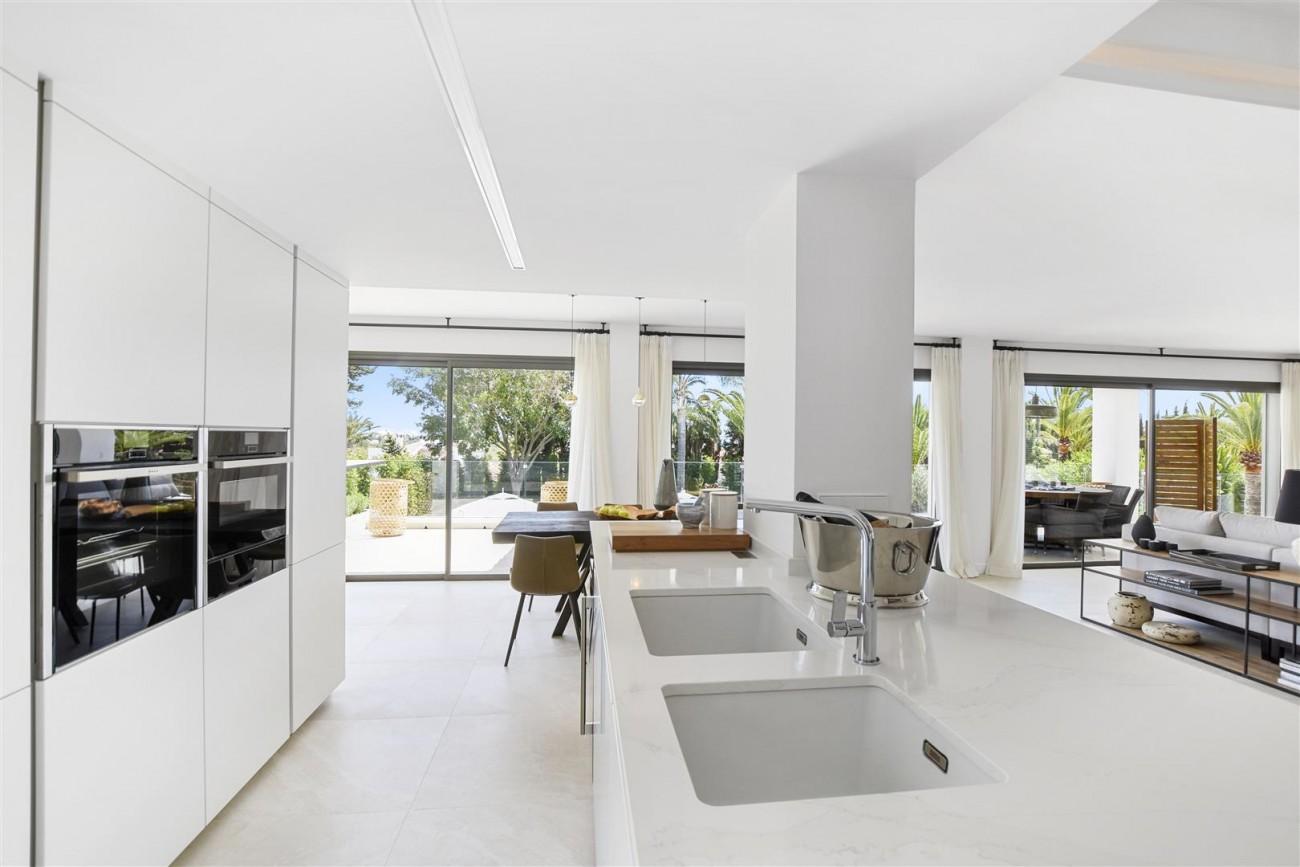 Villa for sale Marbella East Spain (4) (Large)