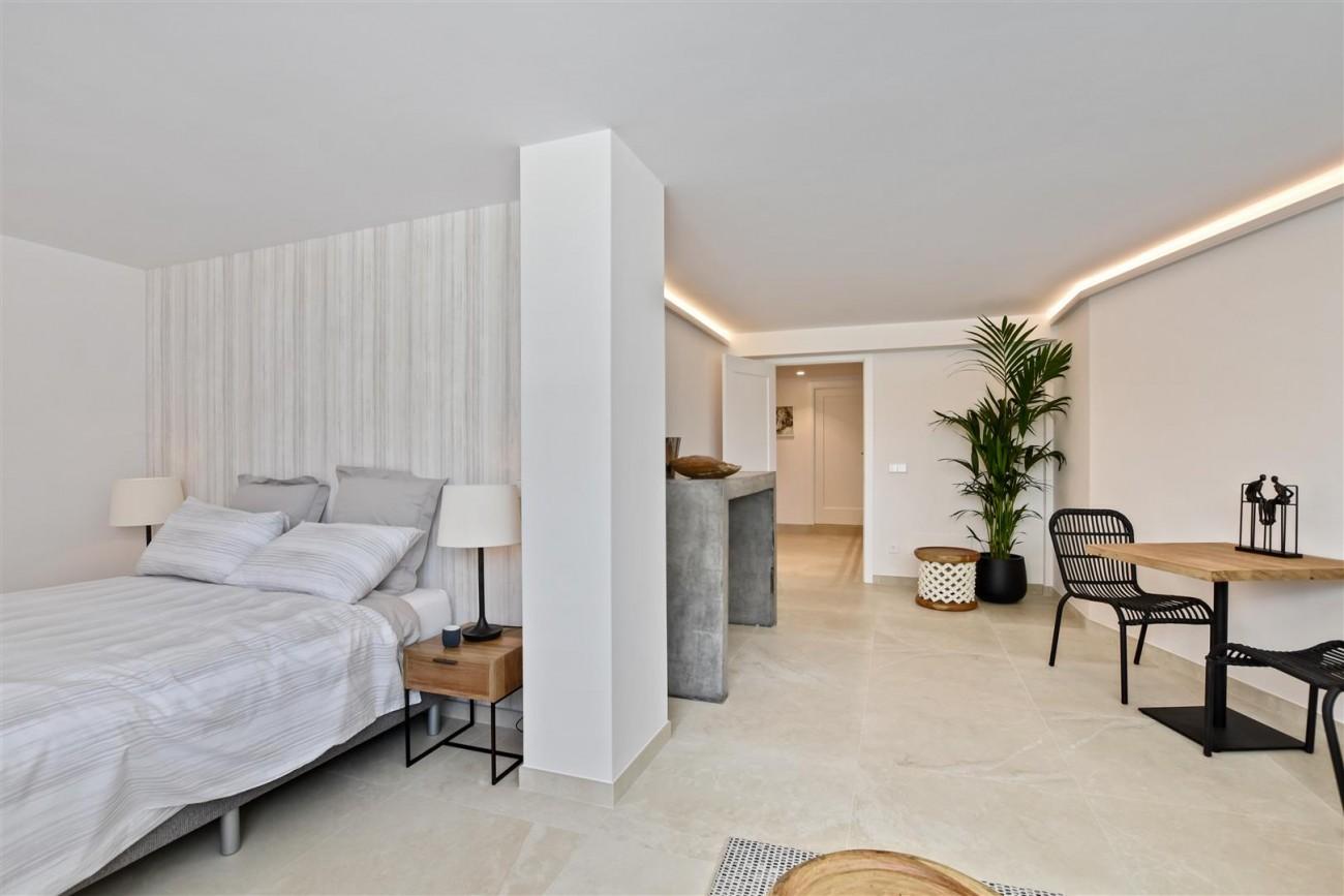 Villa for sale Marbella East Spain (16) (Large)