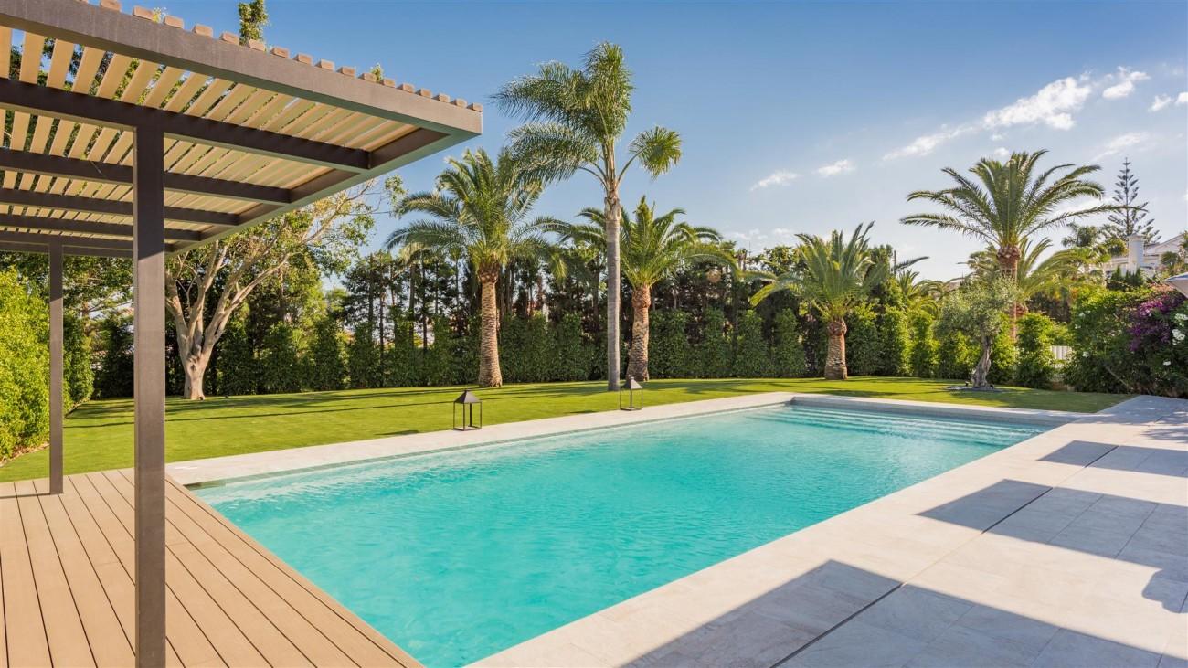 Villa for sale Marbella East Spain (24) (Large)