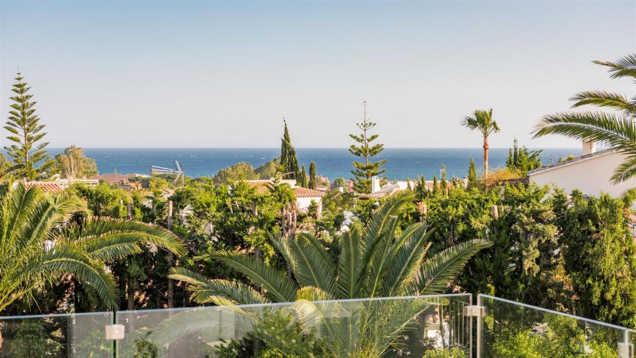 Villa for sale Marbella East Spain (25) (Large)