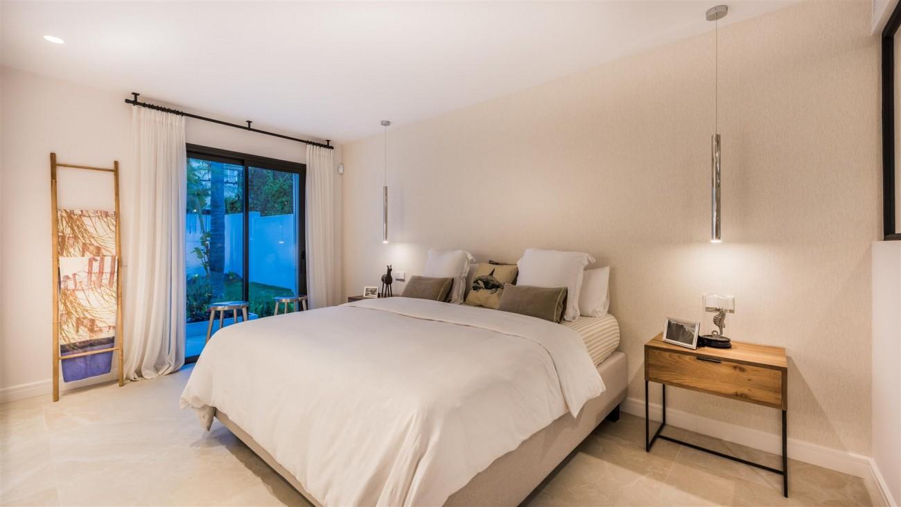 Villa for sale Marbella East Spain (41) (Large)