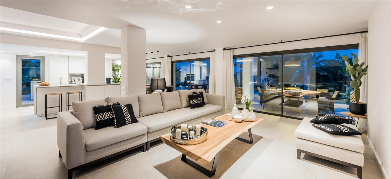 Villa for sale Marbella East Spain (54) (Large)