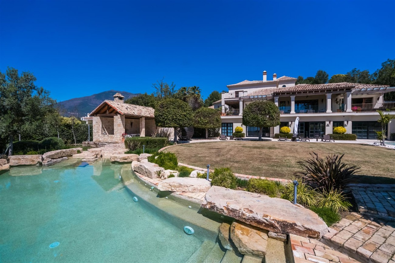 Villa for sale La Zagaleta Benahavis Spain (23) (Large)