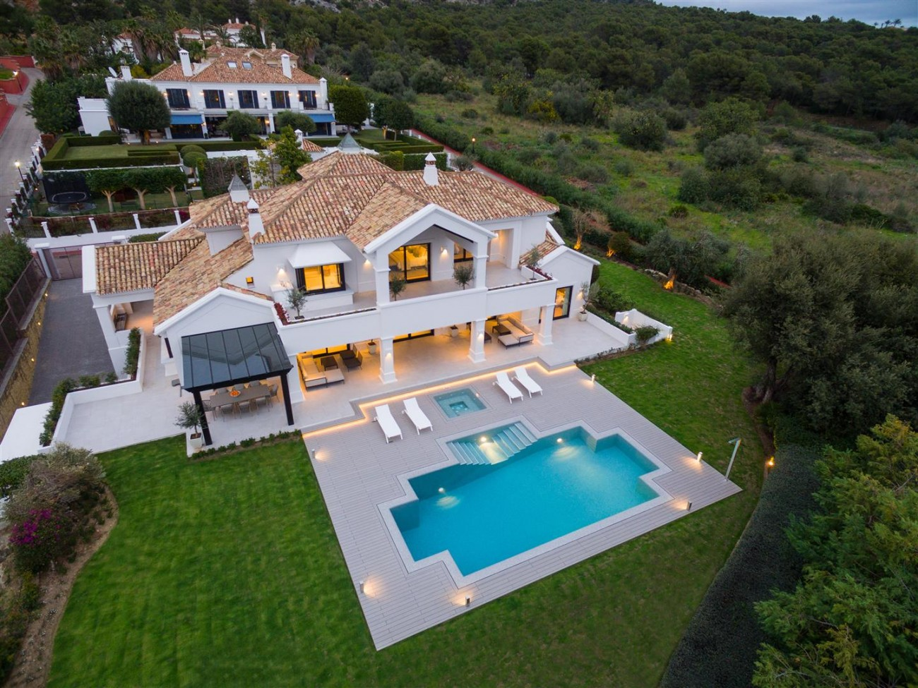 Luxury Villa for sale Marbella Golden Mile Spain (29) (Large)
