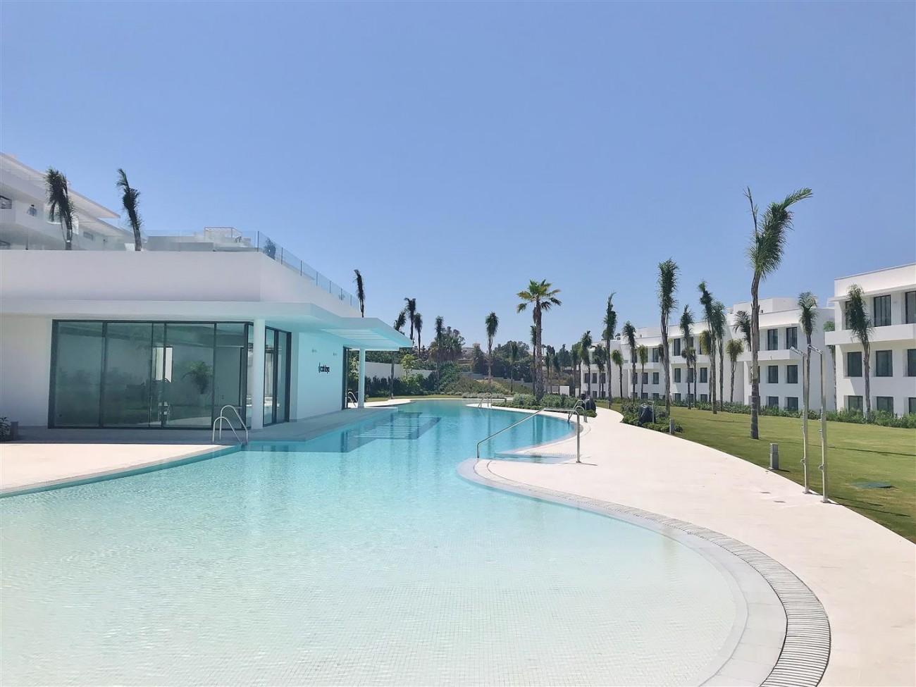 New Contemporary Apartment for sale Estepona Spain (7) (Large)