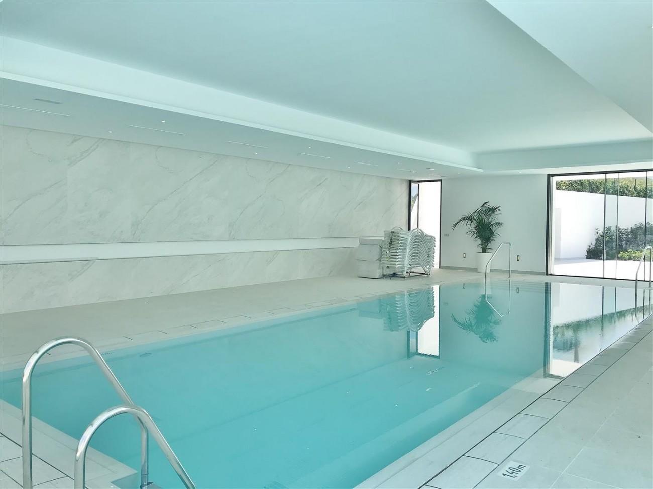 New Contemporary Apartment for sale Estepona Spain (10) (Large)