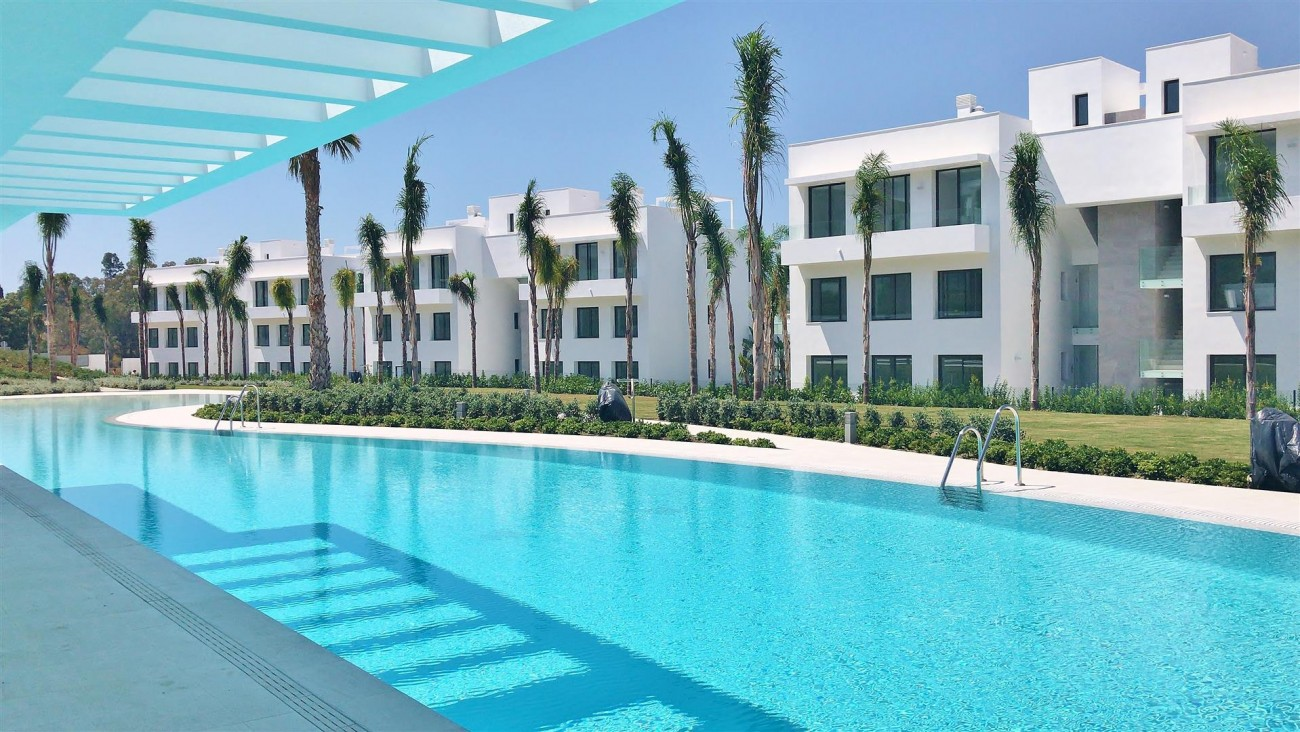 New Contemporary Apartment for sale Estepona Spain (13) (Large)