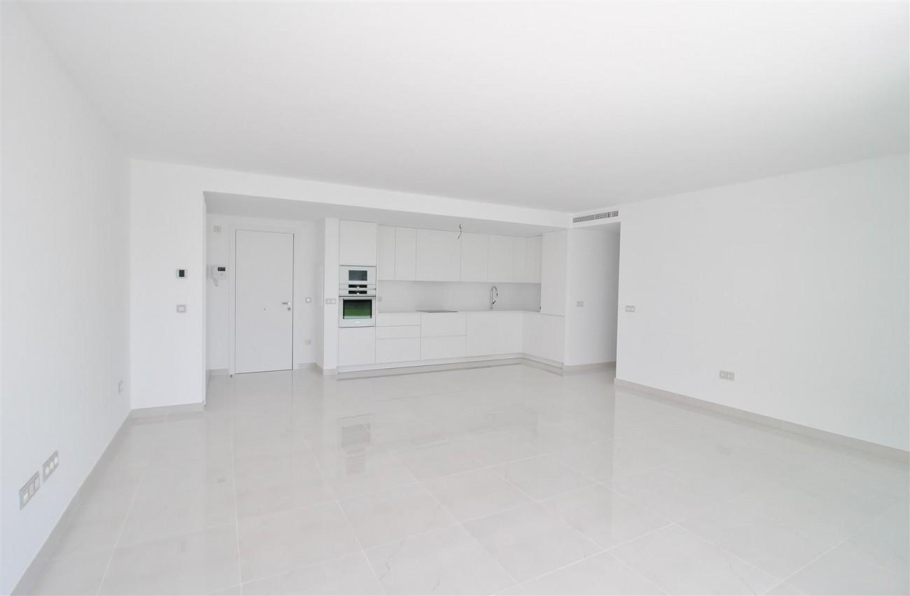 New Contemporary Apartment for sale Estepona Spain (16) (Large)