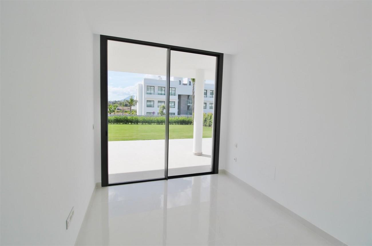 New Contemporary Apartment for sale Estepona Spain (21) (Large)