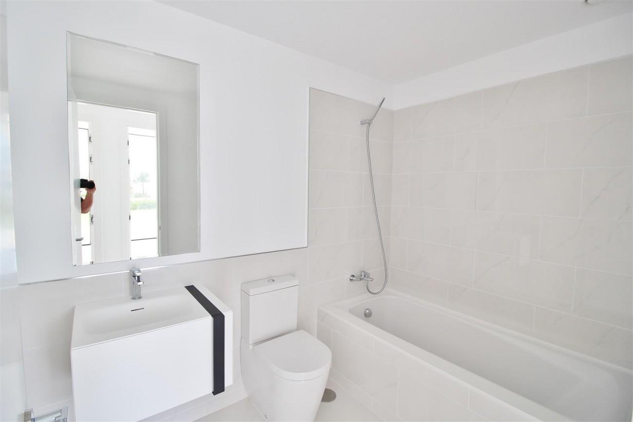 New Contemporary Apartment for sale Estepona Spain (22) (Large)