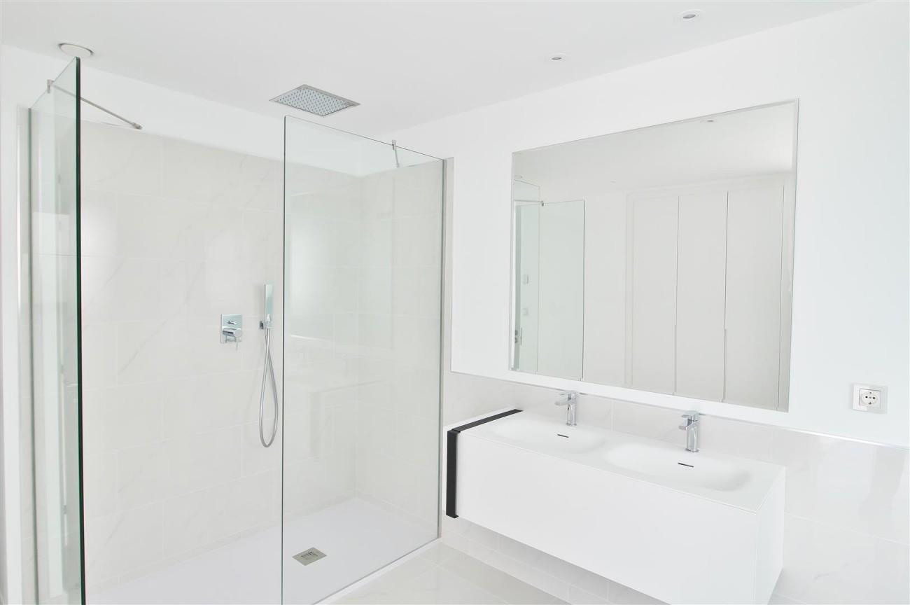 New Contemporary Apartment for sale Estepona Spain (26) (Large)