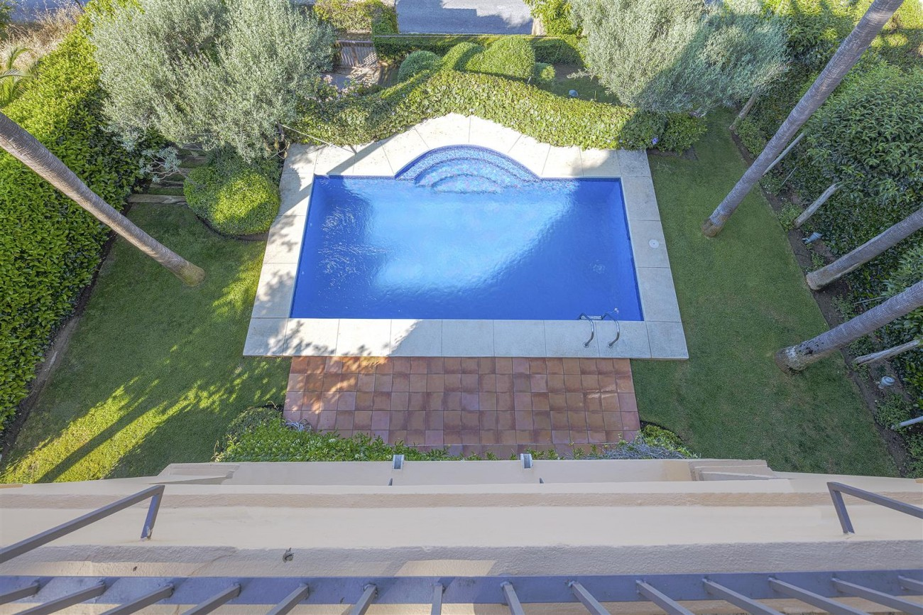 Luxury villa for sale Nueva Andalucia Marbella Spain (8) (Large)
