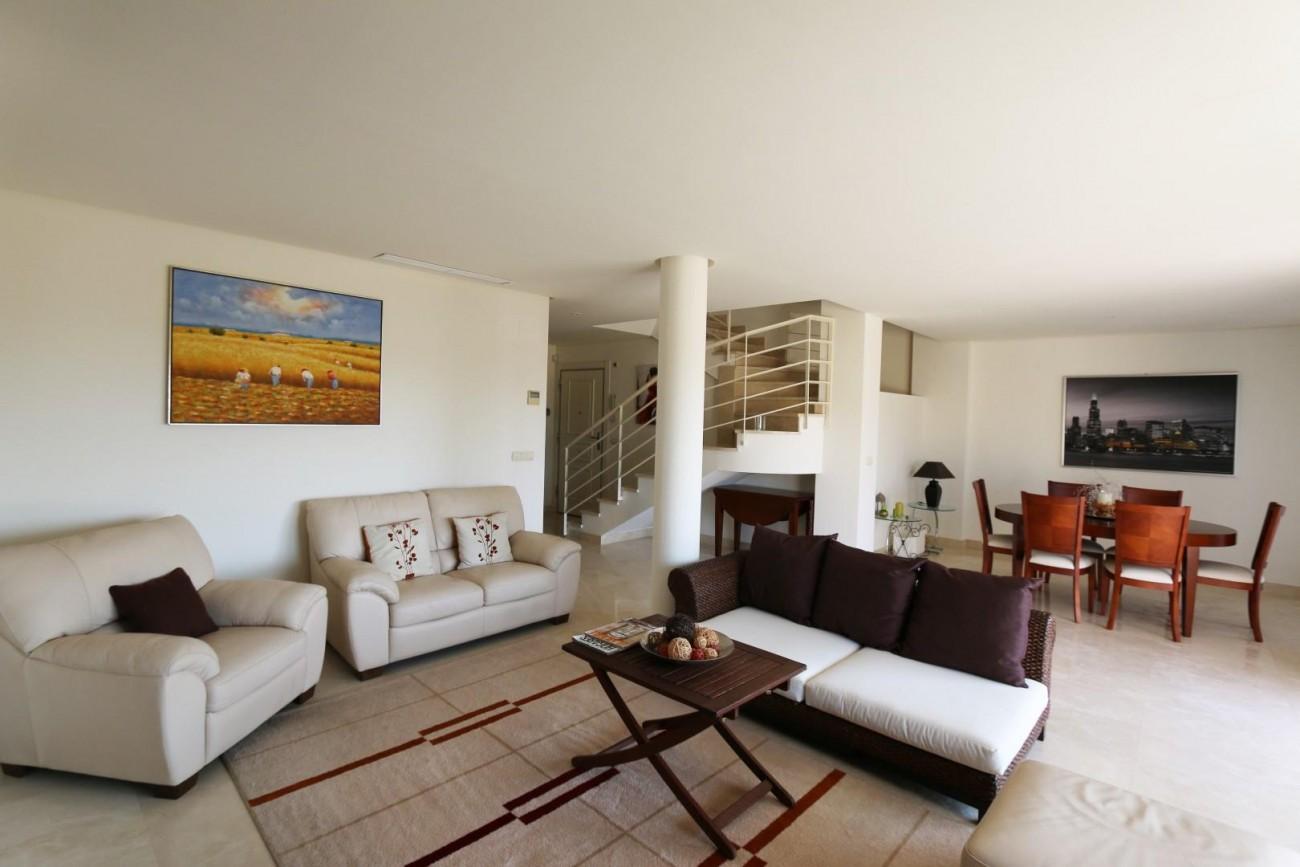 Luxury Duplex Penthouse for sale Nueva Andalucia Marbella Spain (16) (Large)