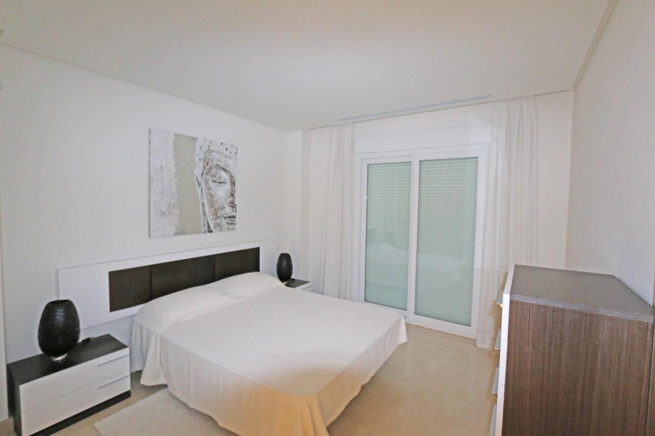 Luxury Duplex Penthouse for sale Nueva Andalucia Marbella Spain (10) (Large)