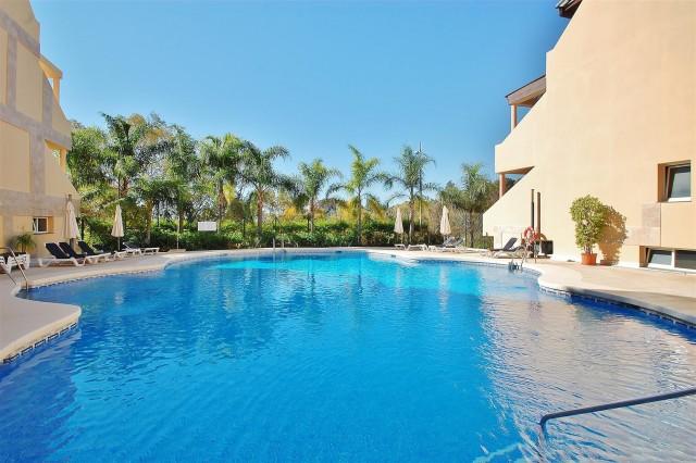 Apartment for Sale - 497.523€ - Nueva Andalucía, Costa del Sol - Ref: 5917