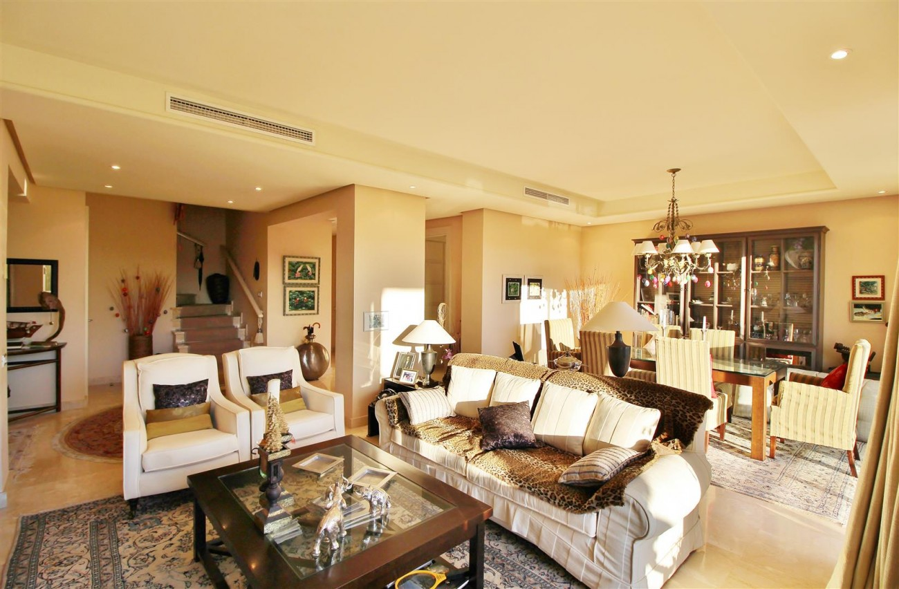 Penthouse for sale Marbella Golden Mile Spain (4) (Large)