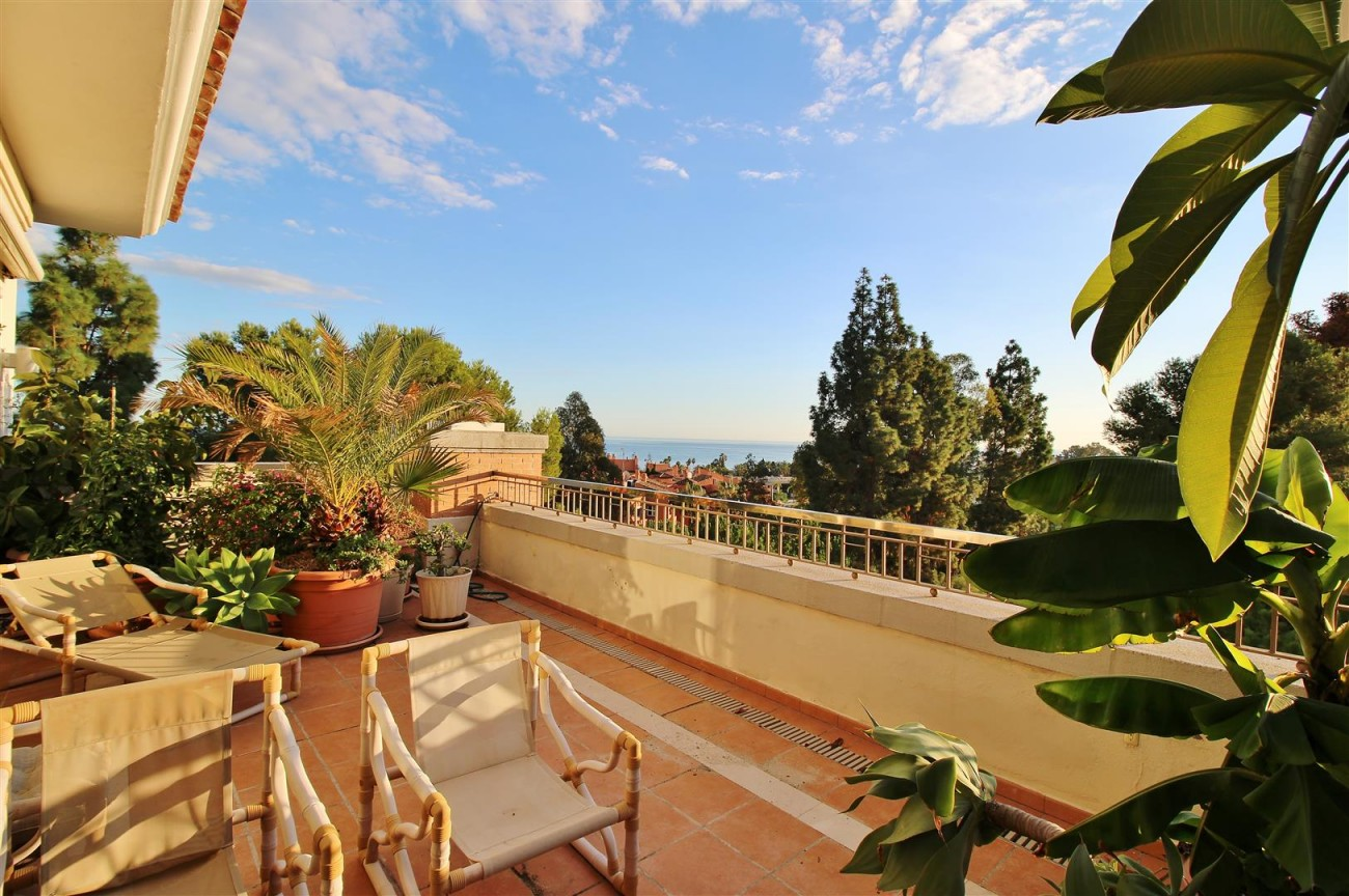 Penthouse for sale Marbella Golden Mile Spain (10) (Large)
