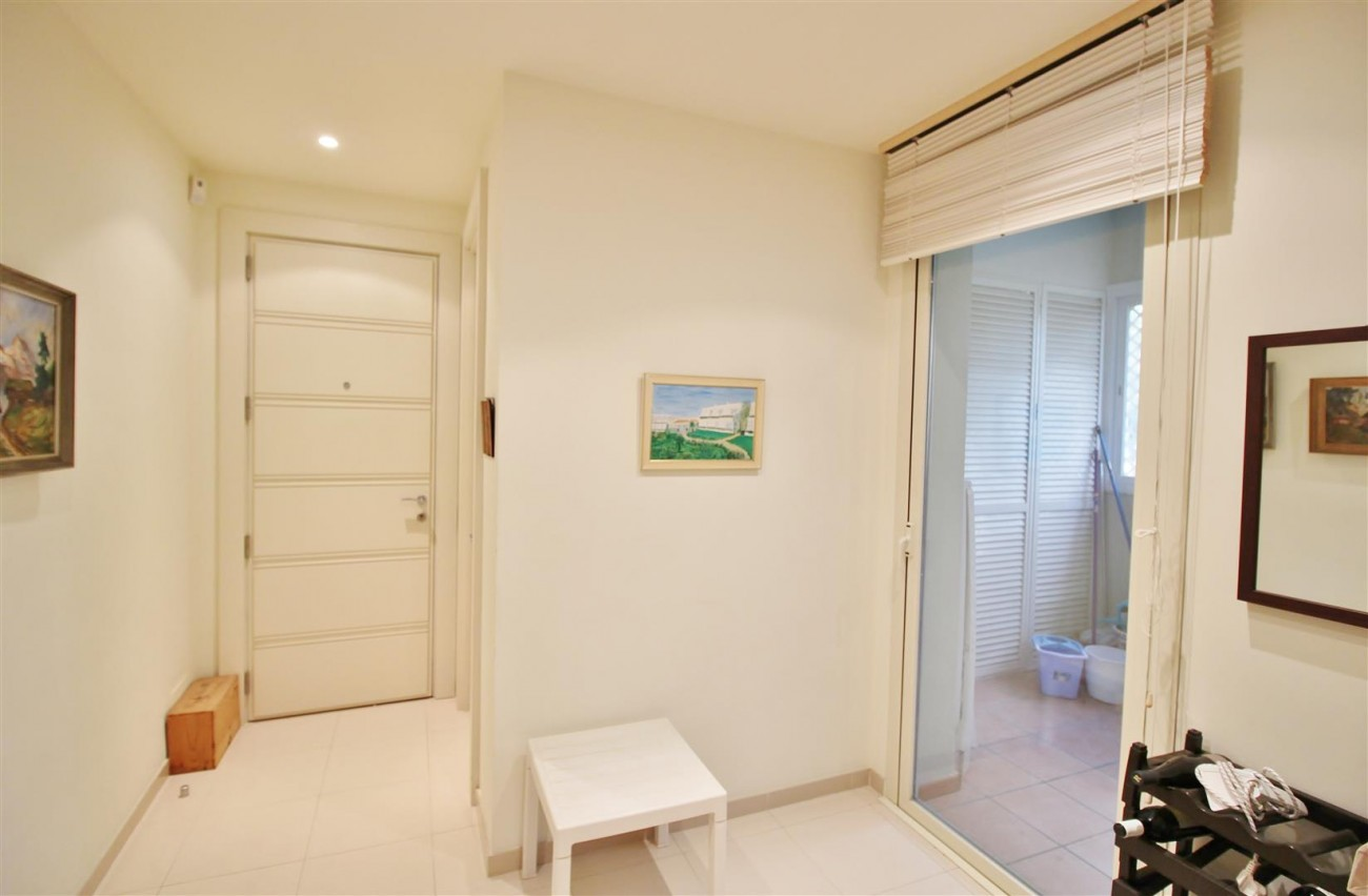Penthouse for sale Marbella Golden Mile Spain (15) (Large)