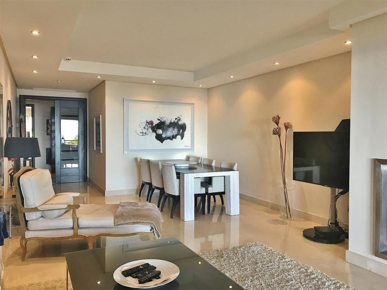 Apartment for sale Malibu Puerto Banus Marbella (2) (Large)