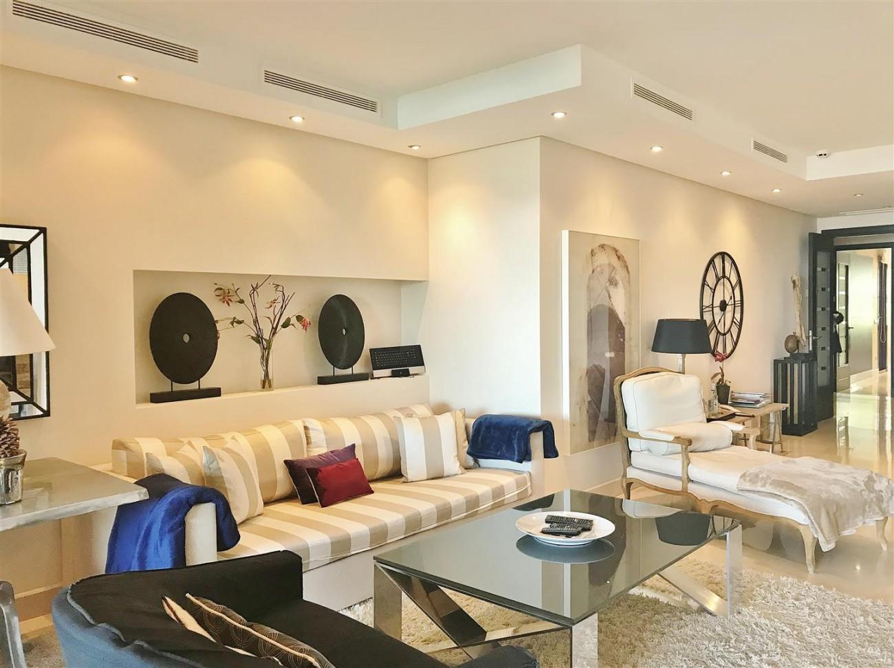 Apartment for sale Malibu Puerto Banus Marbella (4) (Large)