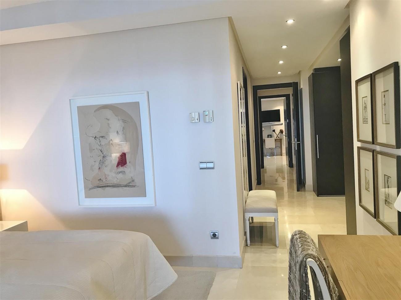 Apartment for sale Malibu Puerto Banus Marbella (25) (Large)
