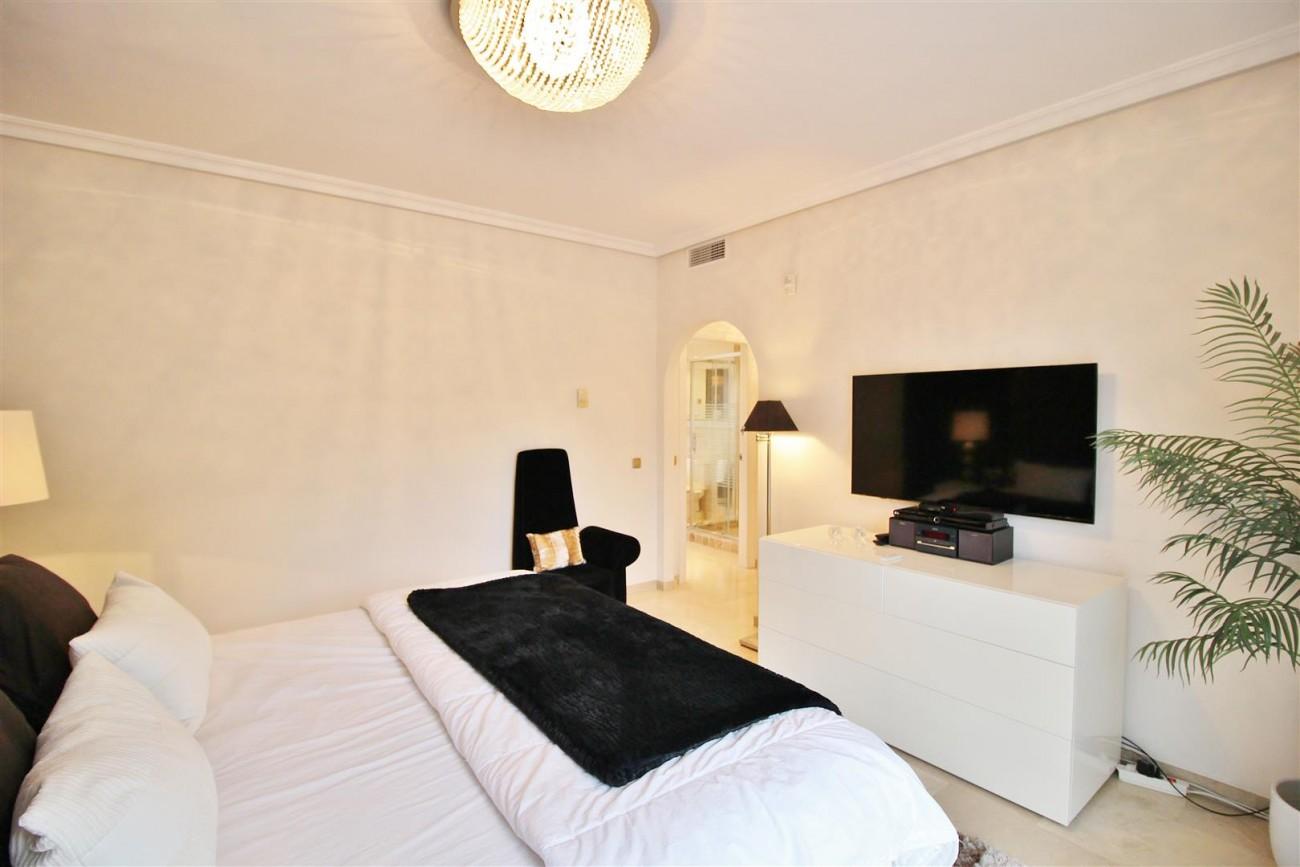 Luxury Villa for sale Nueva Andalucia Marbella Spain (31) (Large)