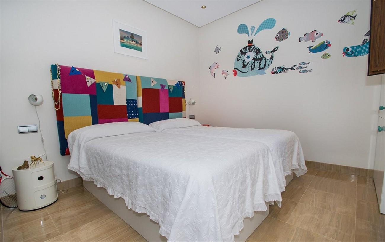 Frontline Beach Duplex Penthouse Estepona Spain (6) (Large)