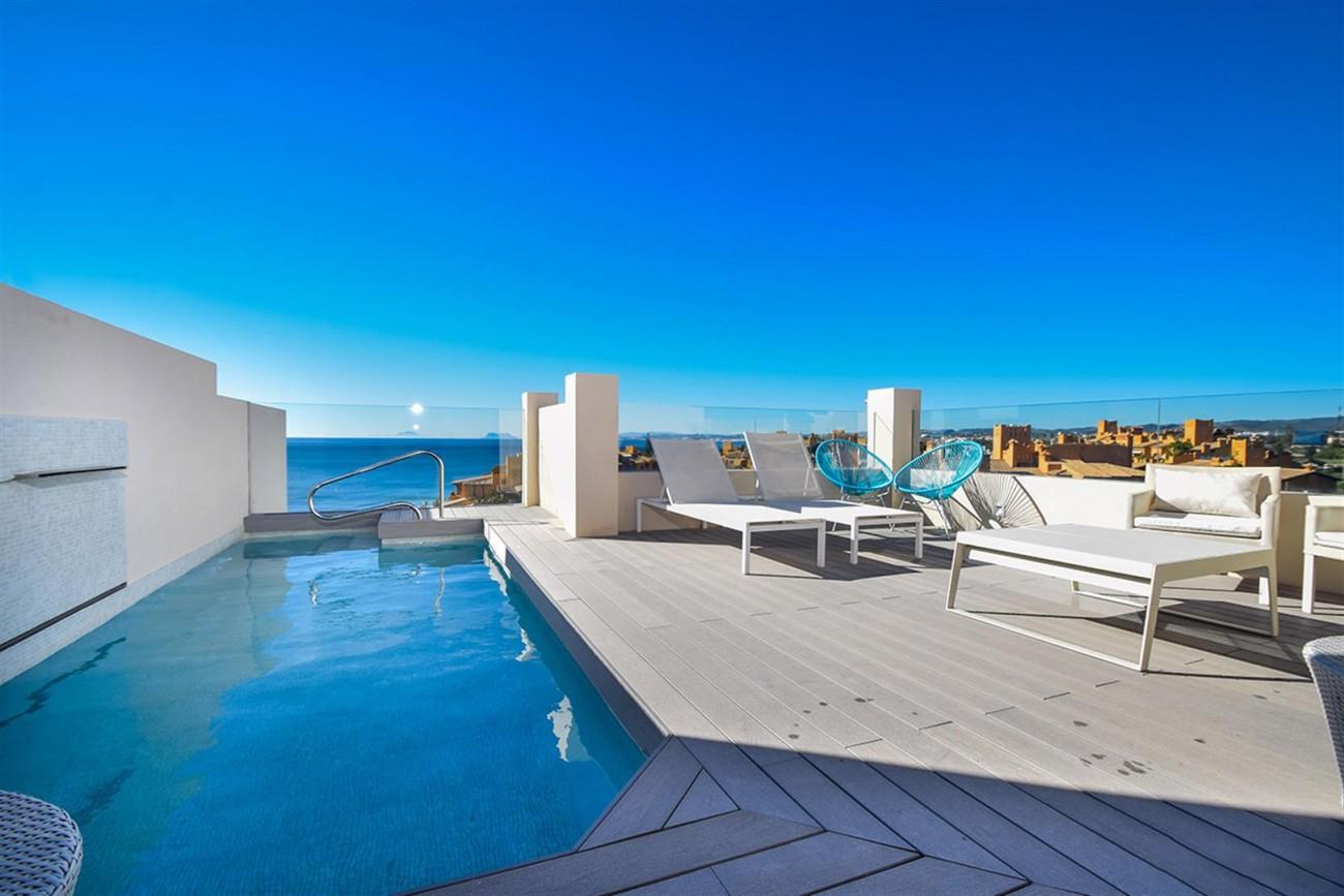 Frontline Beach Duplex Penthouse Estepona Spain (16) (Large)