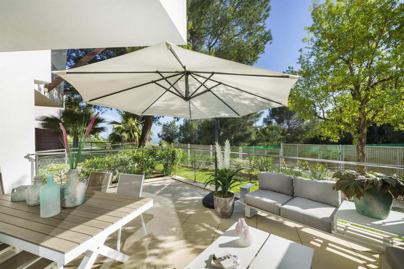 Luxury Contemporary Townhouse for sale in Exclusive Marbella Golden Mile Spain (5) (Large)