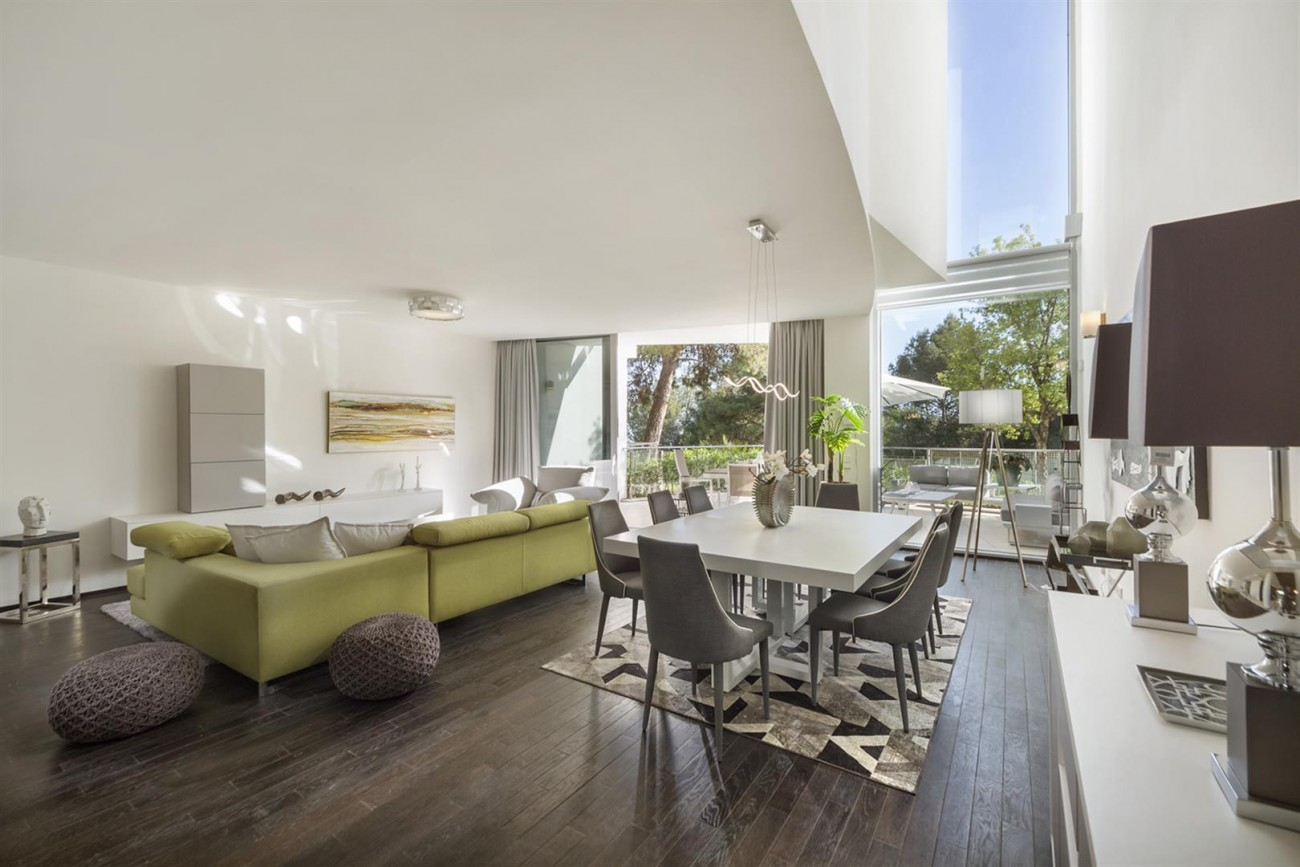 Luxury Contemporary Townhouse for sale in Exclusive Marbella Golden Mile Spain (7) (Large)
