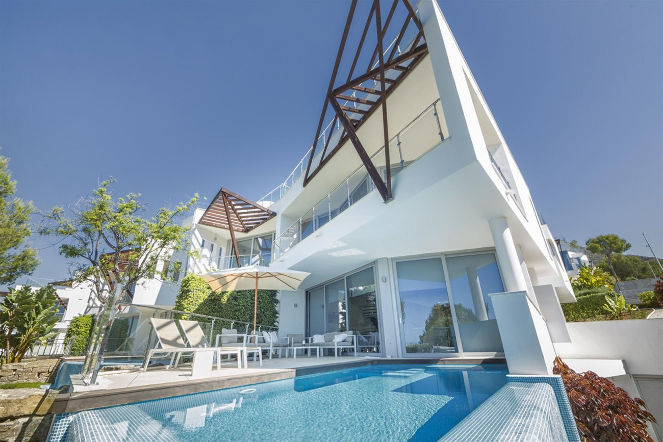 Luxury Contemporary Townhouses for sale Marbella Golden Mile Spain (5) (Large)