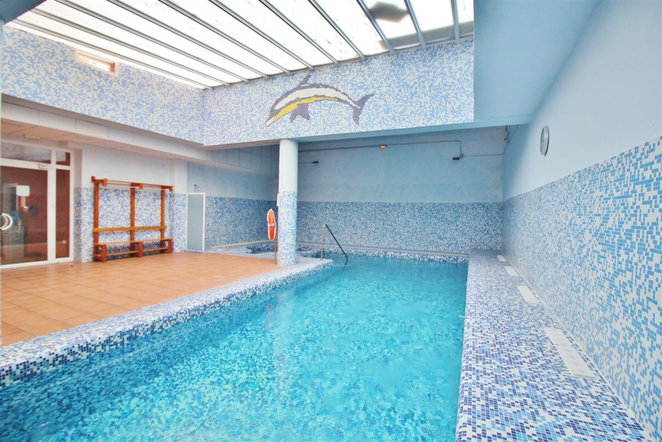 Luxury Penthouse for sale Marbella Golden Mile (1) (Large)