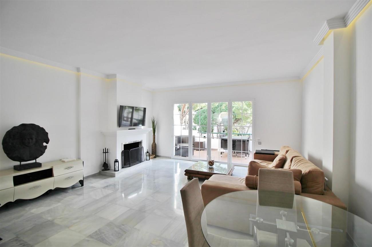 Penthouse for sale New Golden Mile Estepona Spain (7) (Large)