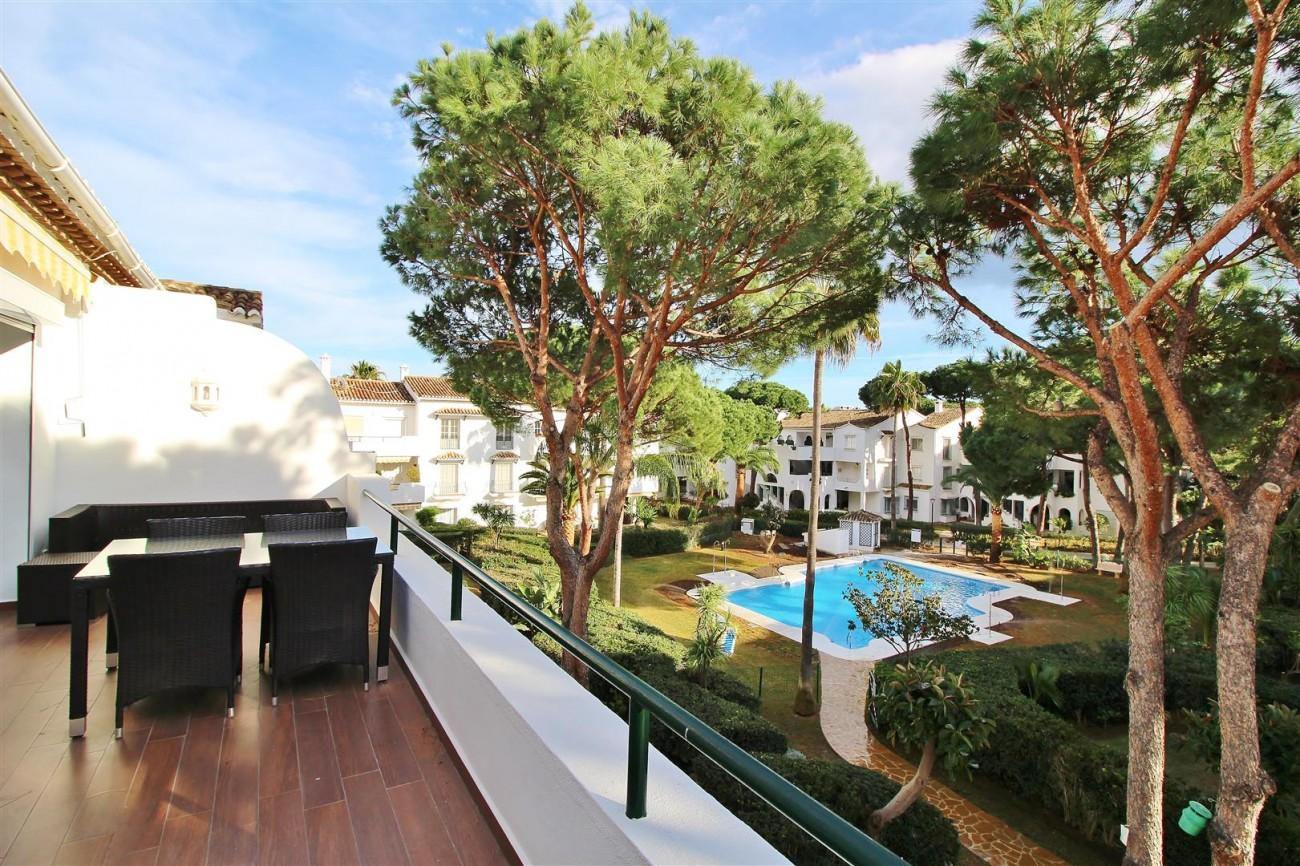 Penthouse for sale New Golden Mile Estepona Spain (8) (Large)