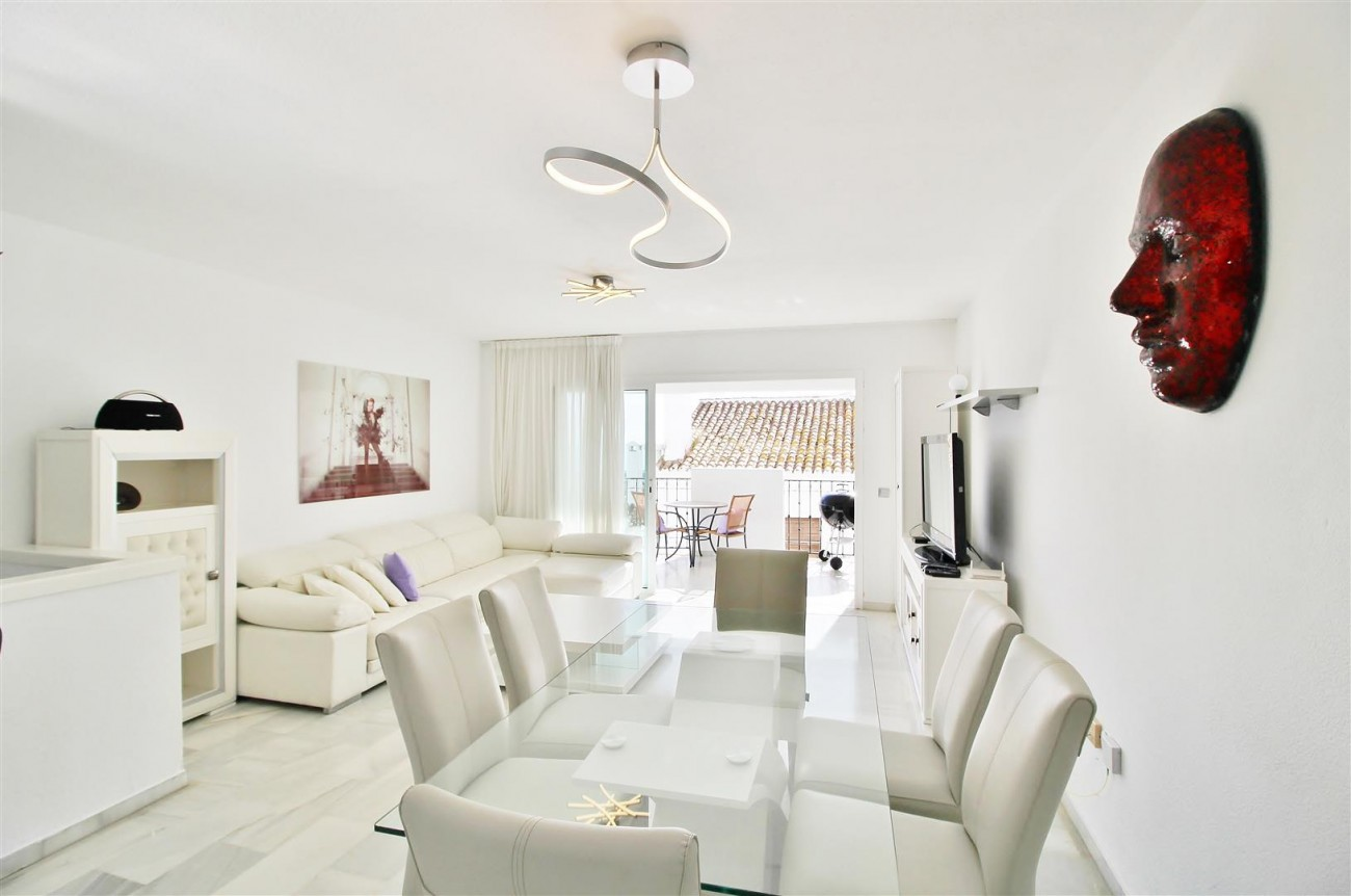 Apartment for sale Puerto Banus Marbella Spain (15) (Large)