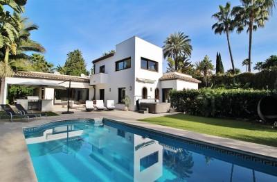 780563 - Villa For sale in Nueva Andalucía, Marbella, Málaga, Spain