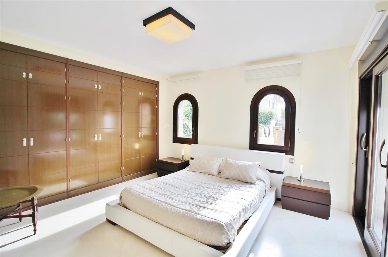 Luxury Villa for sale Nueva Andalucia Marbella Spain (11) (Large)