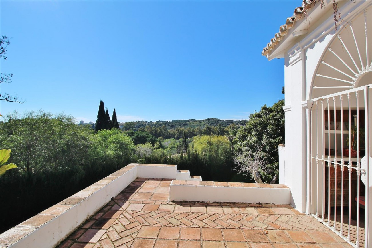 Villa for sale close to Puerto Banus Spain (36) (Large)