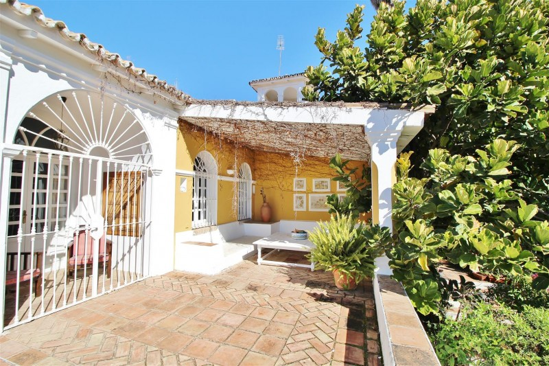 Villa for sale close to Puerto Banus Spain (35) (Large)