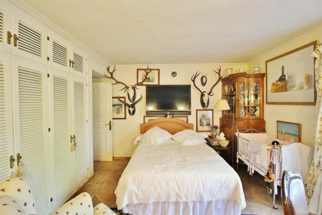 Villa for sale close to Puerto Banus Spain (31) (Large)