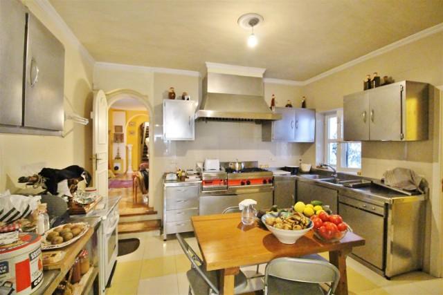 Villa for sale close to Puerto Banus Spain (30) (Large)