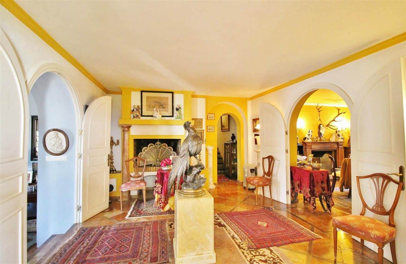 Villa for sale close to Puerto Banus Spain (17) (Large)