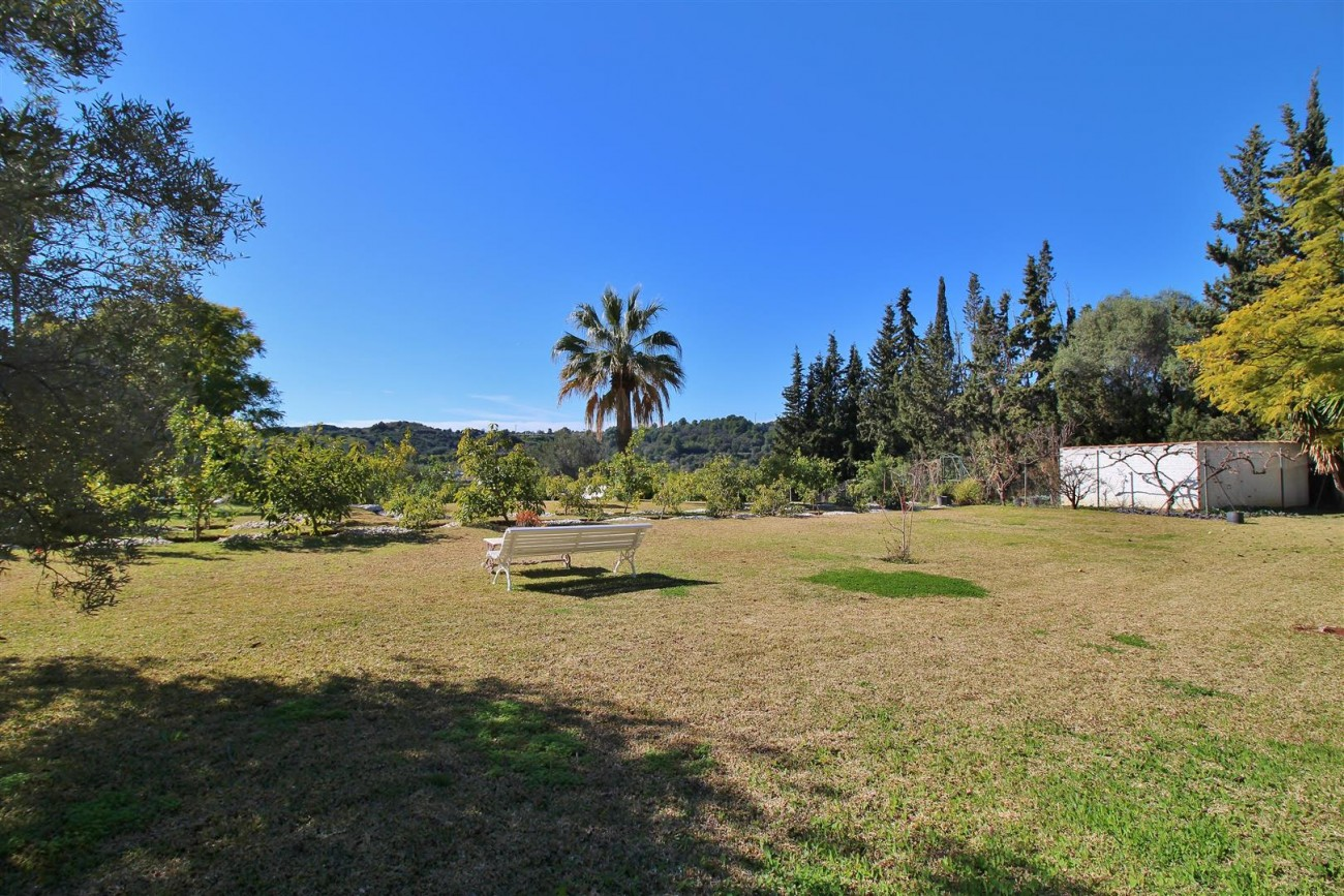 Villa for sale close to Puerto Banus Spain (13) (Large)