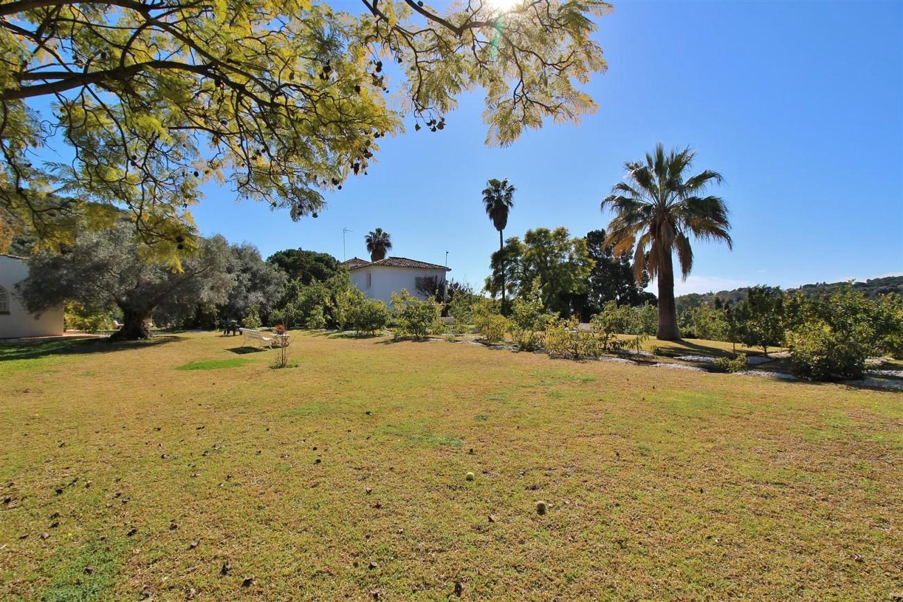 Villa for sale close to Puerto Banus Spain (12) (Large)