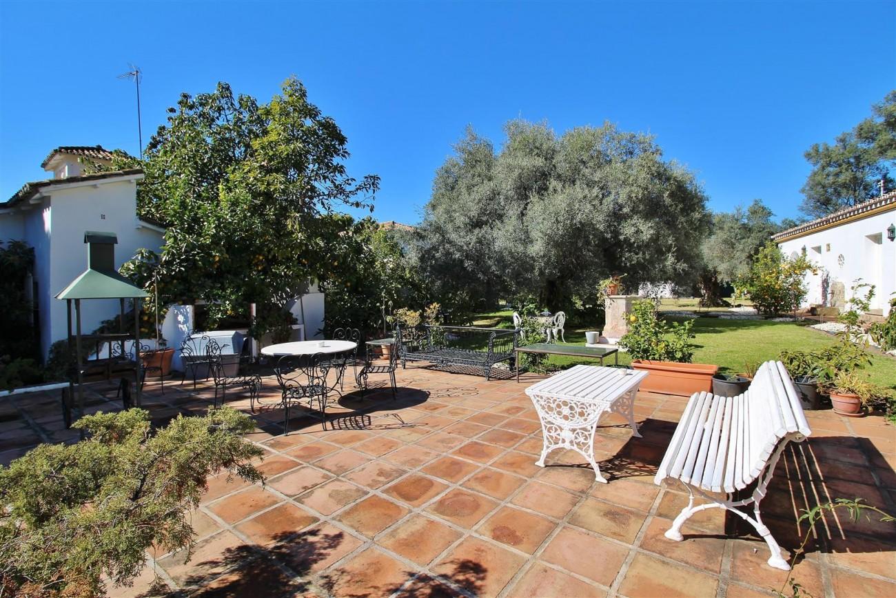 Villa for sale close to Puerto Banus Spain (9) (Large)
