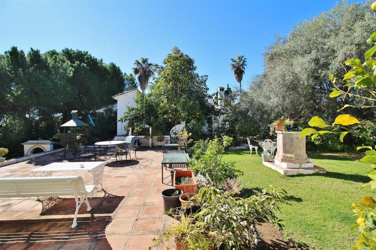 Villa for sale close to Puerto Banus Spain (8) (Large)
